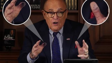 Photo of Trump's lawyer Rudy Giuliani seems to have drawn a smiley face on his thumb earlier than interview leaving viewers baffled