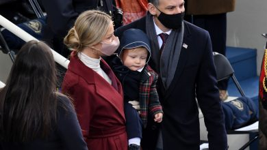 Photo of Hunter Biden's spouse Melissa Cohen stuns in purple coat as she takes heart stage on Inauguration Day